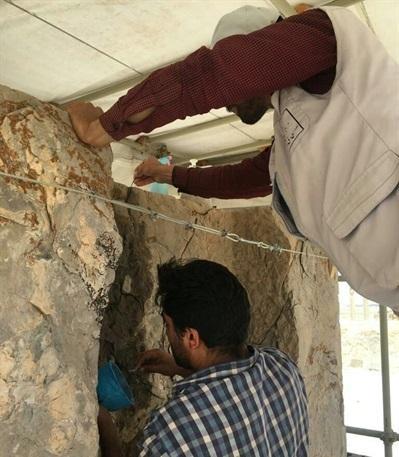 شروع بازسازی درگاه شمال غربی کاخ هدیش در تخت جمشید