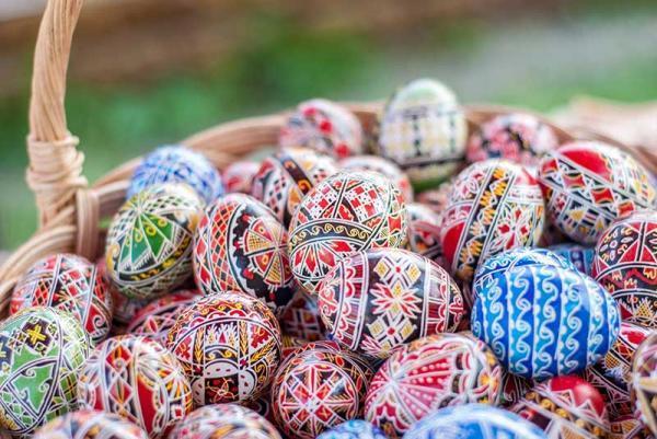 معرفی سوغاتی های معروف رومانی، تصاویر