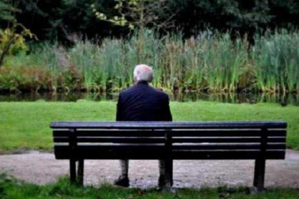 ارتباط تنهایی مردان با افزایش خطر سرطان