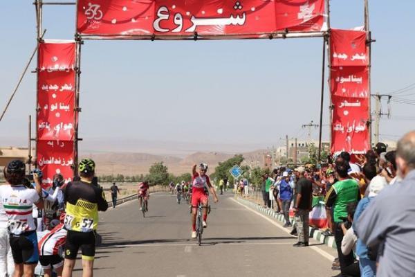 برگزاری مسابقات دوچرخه سواری استقامت جاده در بینالود