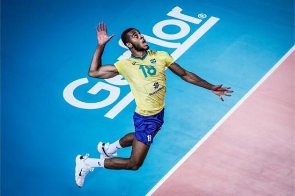 ستاره تیم ملی والیبال برزیل به لوبه ایتالیا پیوست